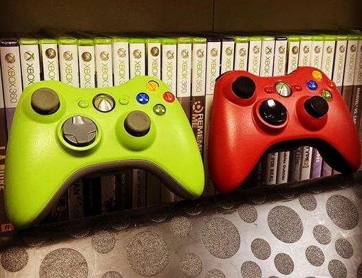 La #Xbox360 avait aussi sont lot de manettes exclusives #vert #green #rouge #red #Xbox #Microsoft #Supagreen #Collection…