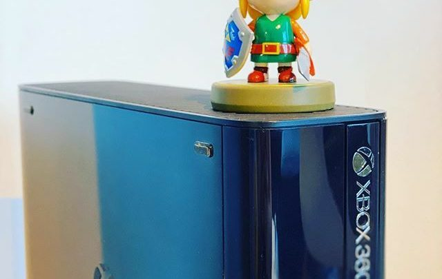 Le cross-over improbable #Xbox360 #Xbox360E #Link #Zelda #amiibo #console #Xbox #microsoft #videogames #collection #lovevideogames #nintendo https://t.co/Lw7riuC2Om pic.twitter.com/FqhGCBL3sG